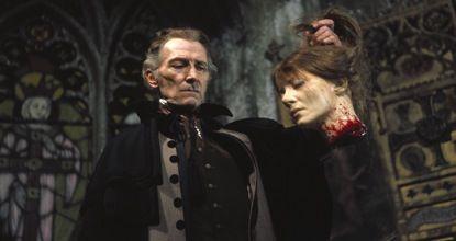 The Vampire Lovers - The Beheading of Mircalla
